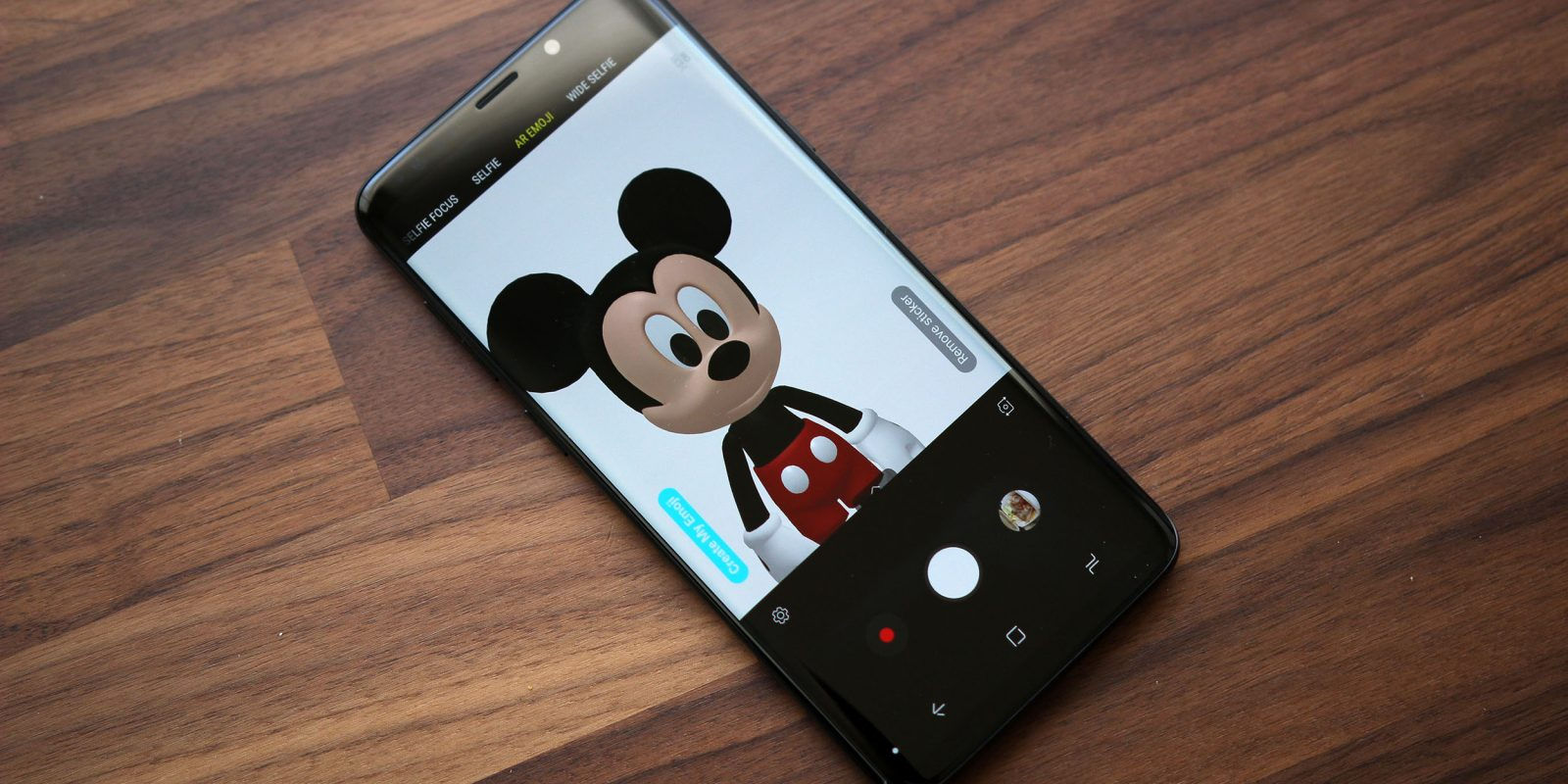 How to Download and Install Mickey Mouse and Minnie Mouse AR